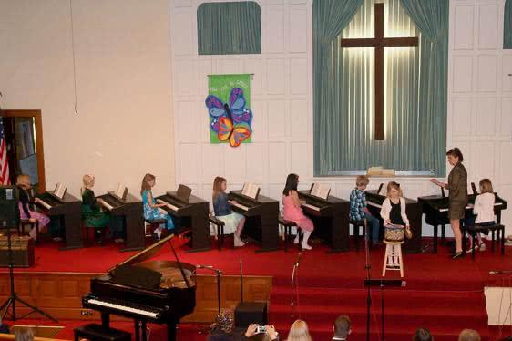 Christian-music-education-01