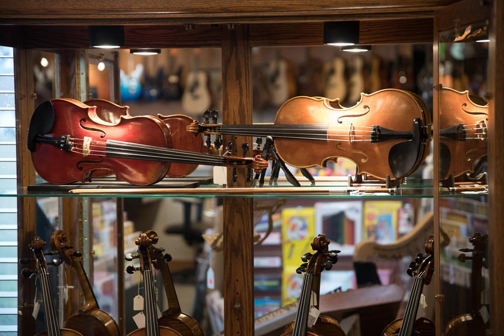Professional, Intermediate and Student Violins, Violas, Cellos, Double Bass