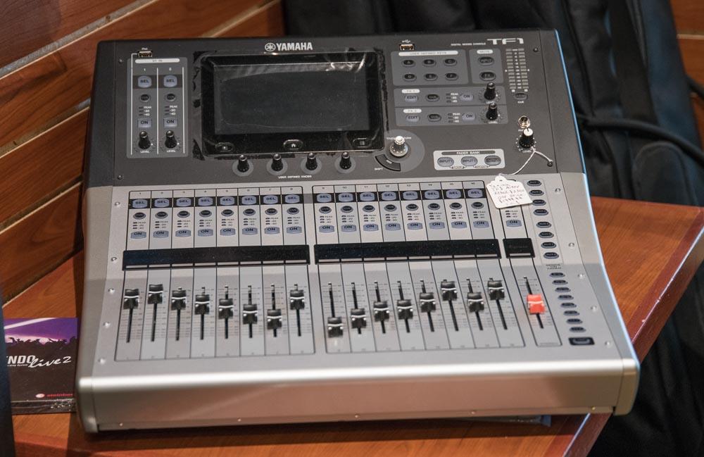 Yamah TF1 Mixer Board